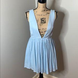 NWT Tobi plunging V-neck pleated dress, Medium